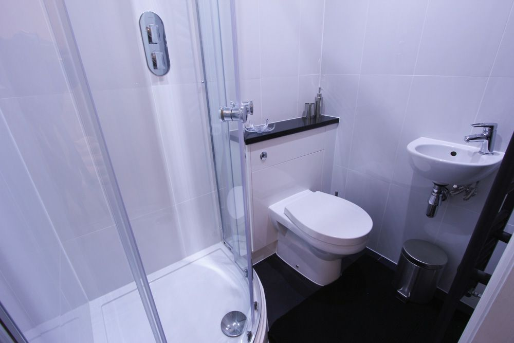 Double En Suite Bathroom